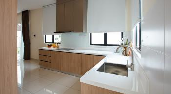 Anggun3_2_Kitchen